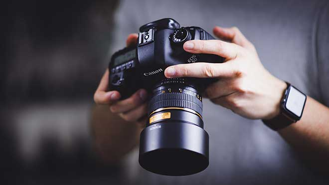 License stock photos for a passive income opportunity
